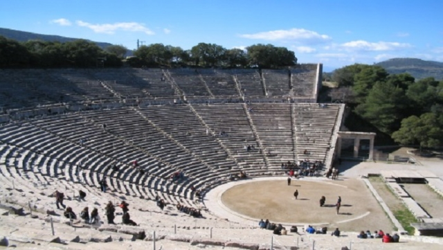 Theatre_of_Epidauros-classical_greece_wine_tours