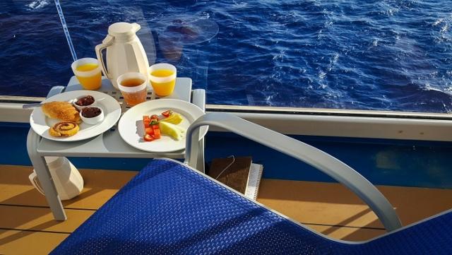 breakfast-greece-cruise